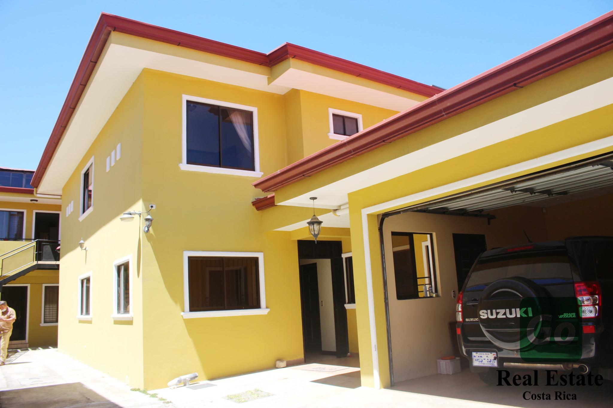 Complejo de apartamentos con casa, San Pablo de Heredia